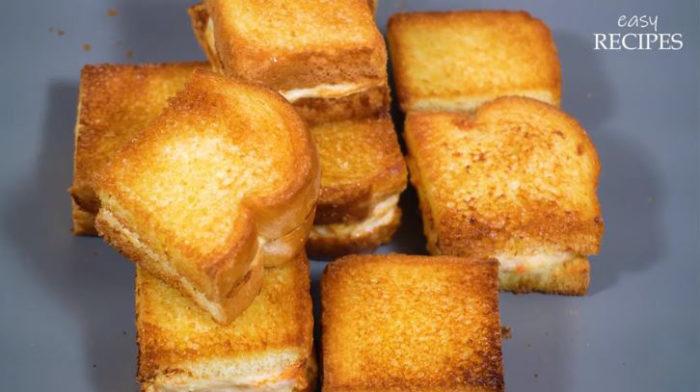 Cách làm bánh mì Sandwich nhân tôm chiên giòn bằng nồi chiên không dầu siêu ngon