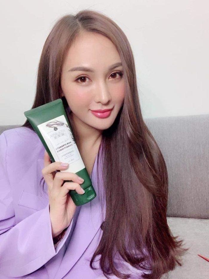 Hot girl Kelly Nguyễn